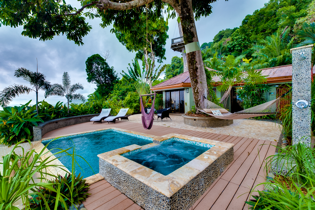 Villa 1 Pool