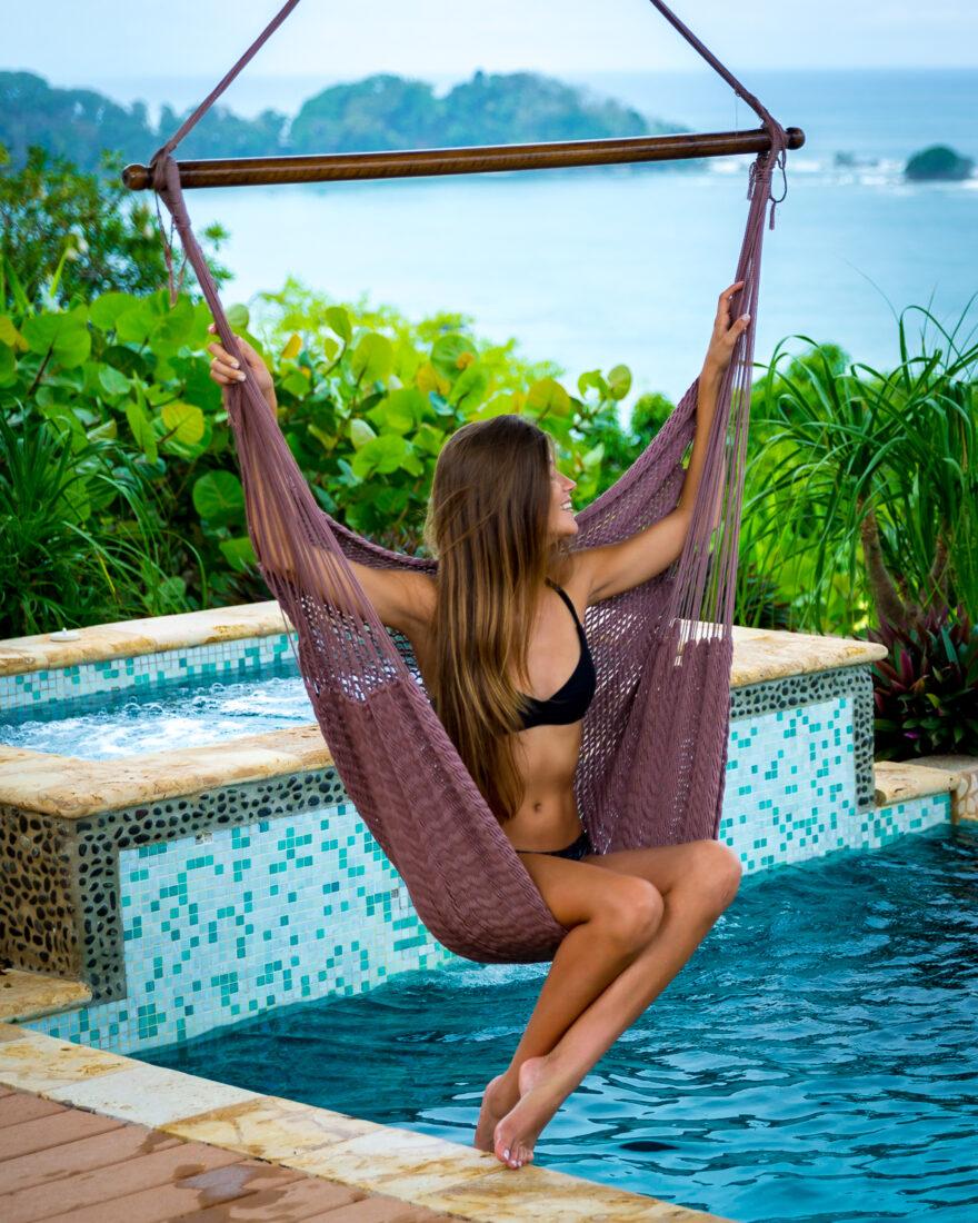 Villa 1 Pool swing